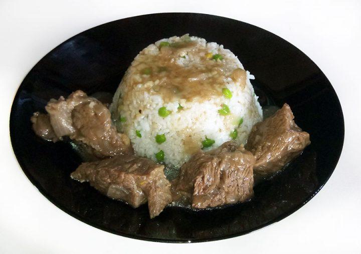 μοσχαρι-λεμονάτο-με-ρύζι